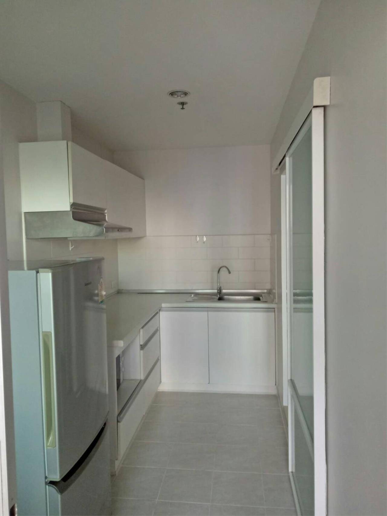 Arken Estate Agency Property Agency near BTS & MRT Agency's For Rent..Lumpini Place Rama 9-Ratchada 2 bed 4