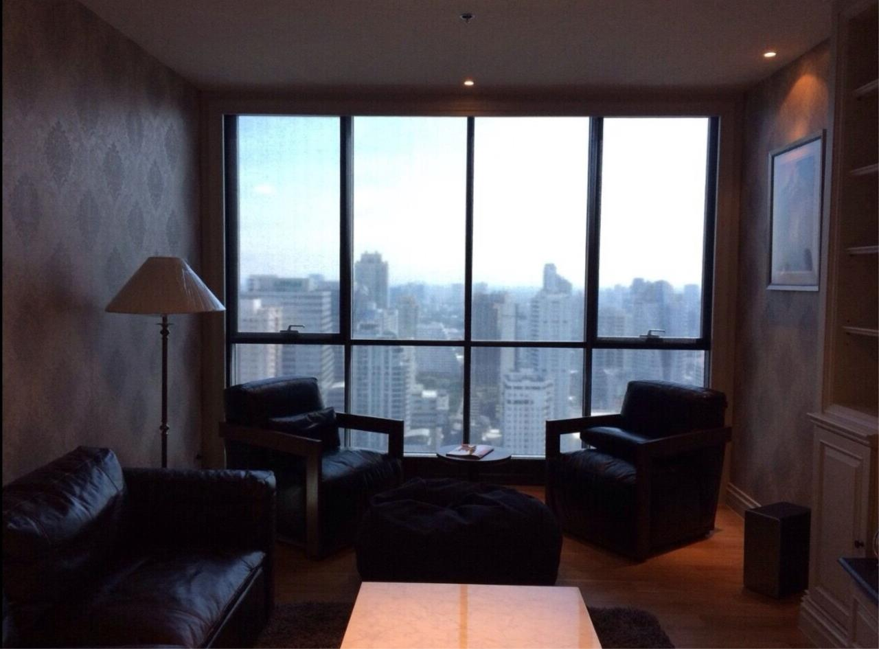 Arken Estate Agency Property Agency near BTS & MRT Agency's For Rent..Hyde Sukhumvit 2 bed 2 bath 2