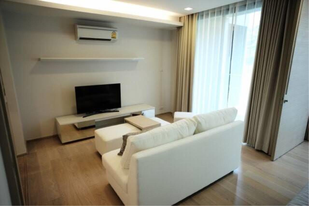 Arken Estate Agency Property Agency near BTS & MRT Agency's For Rent LIV@Sukhumvit 49, 1 bed 1 bath 2