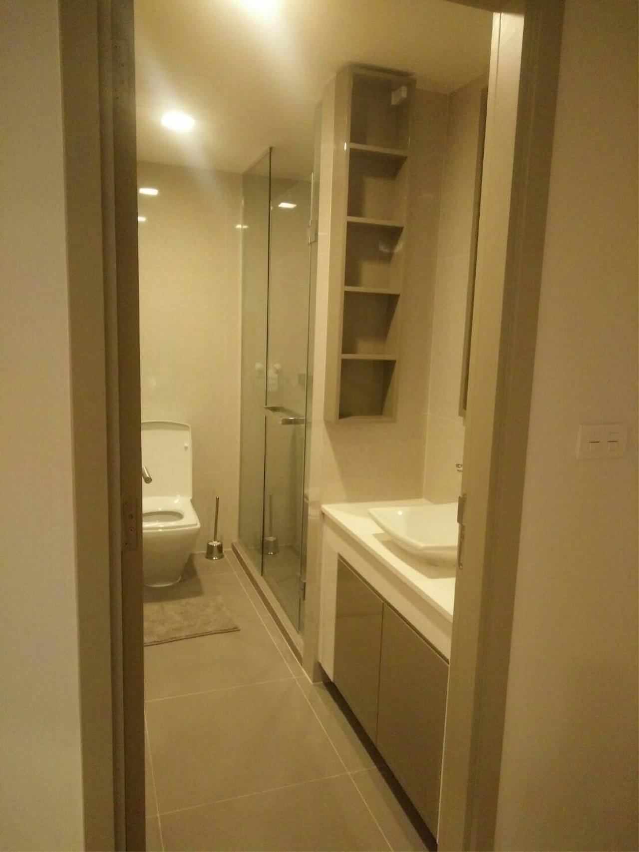 Arken Estate Agency Property Agency near BTS & MRT Agency's For Rent LIV@Sukhumvit 49 size 77.48 sqm 5