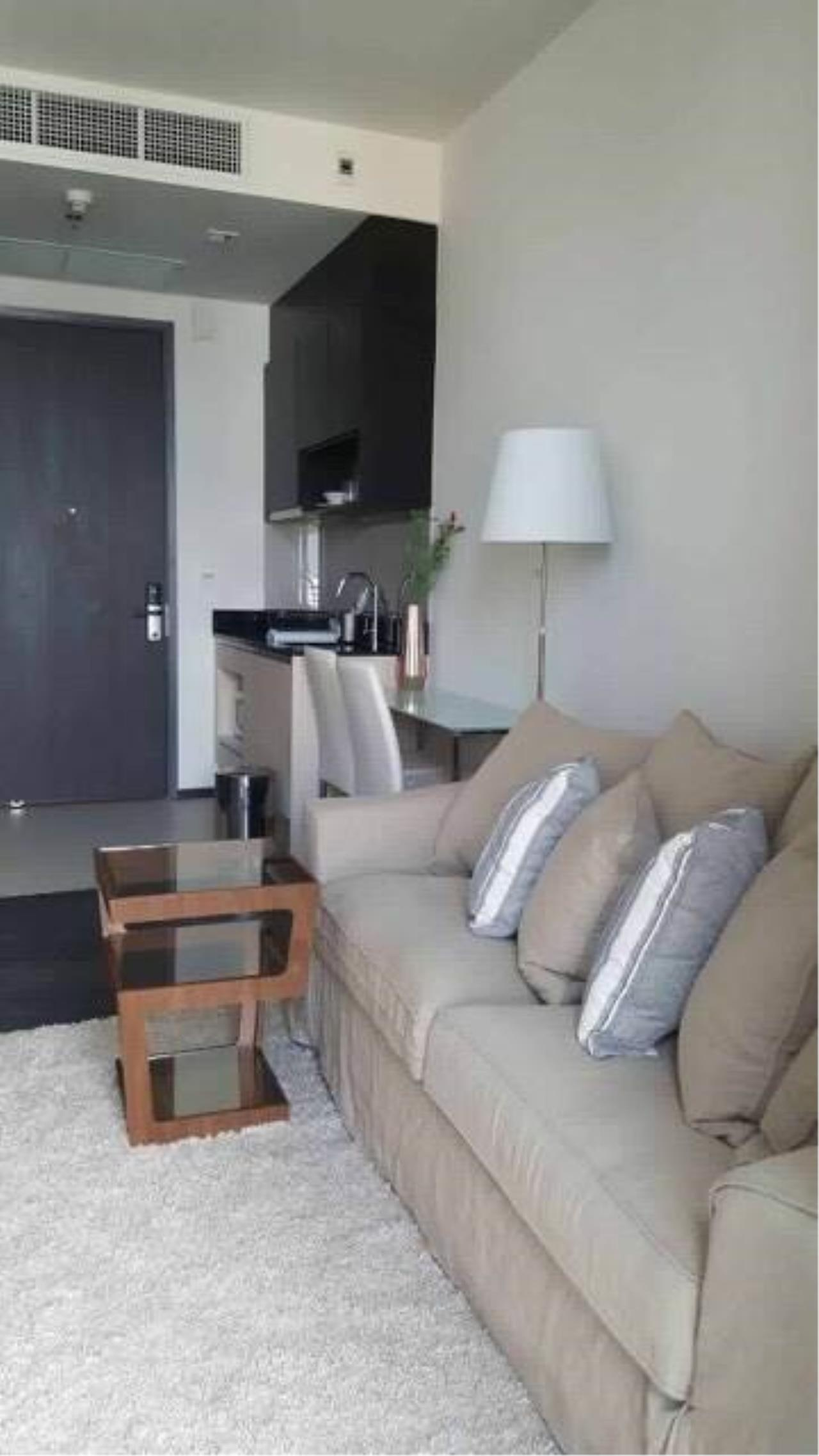 Arken Estate Agency Property Agency near BTS & MRT Agency's For Rent Edge By Sansiri, 1 bed 1 bath 1