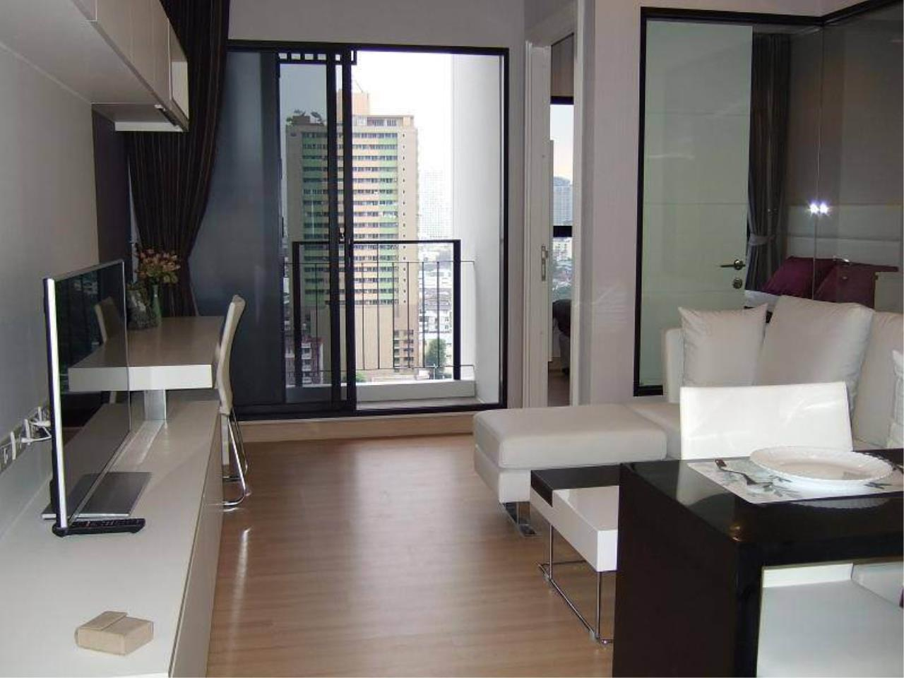 Arken Estate Agency Property Agency near BTS & MRT Agency's For Rent Urbano Absolute 1 bed 1