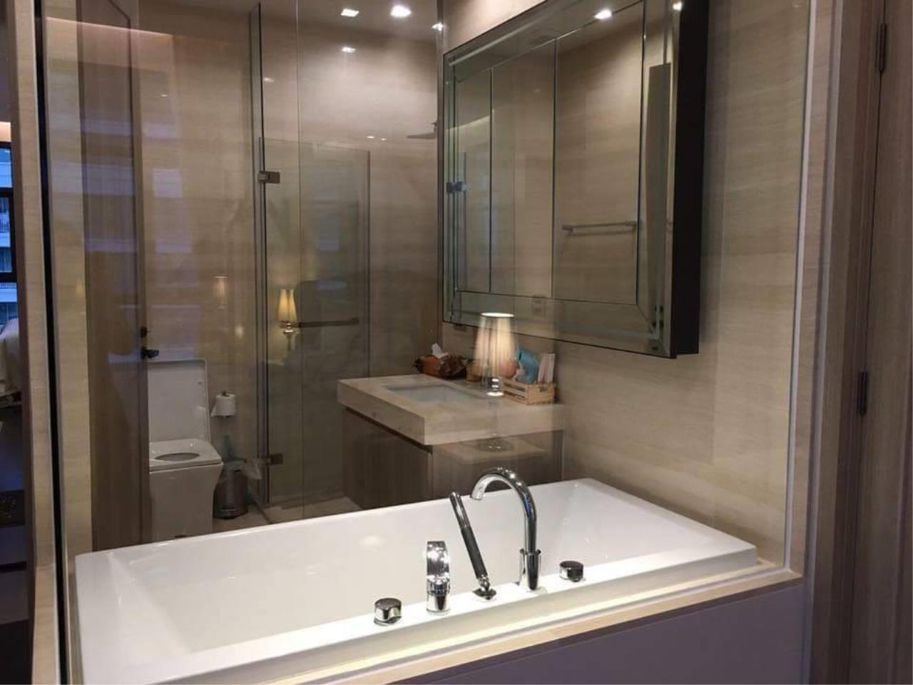 Arken Estate Agency Property Agency near BTS & MRT Agency's For Rent The XXXIX By Sansiri 1 bed 1 bath 4