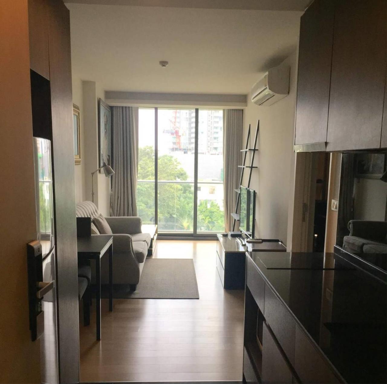 Arken Estate Agency Property Agency near BTS & MRT Agency's For Sale / Rent Via Sukhumvit 49, 1 bed 1 bath 4