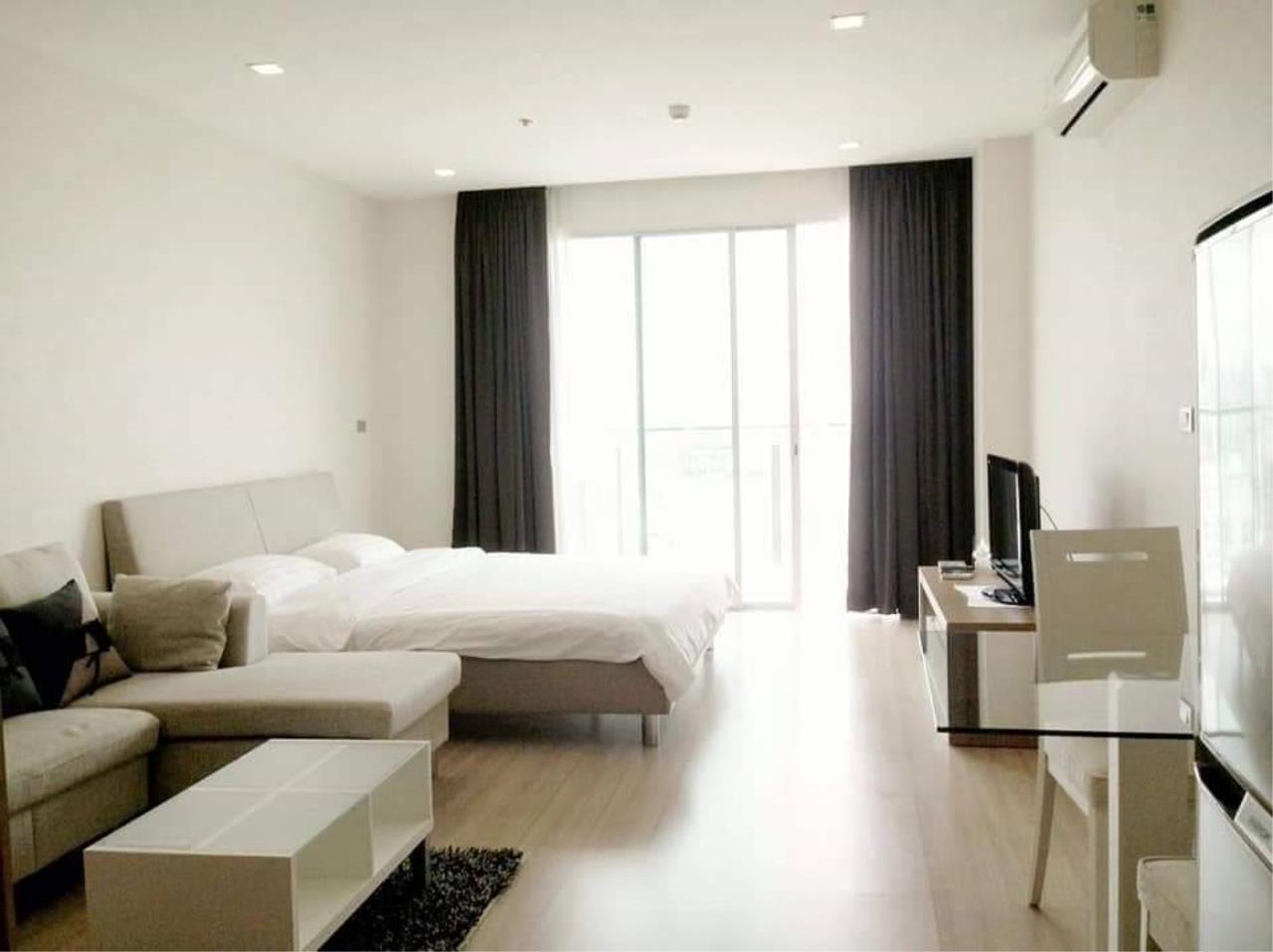 Arken Estate Agency Property Agency near BTS & MRT Agency's For Rent Sky Walk Condominium 1 bed 1 bath 2