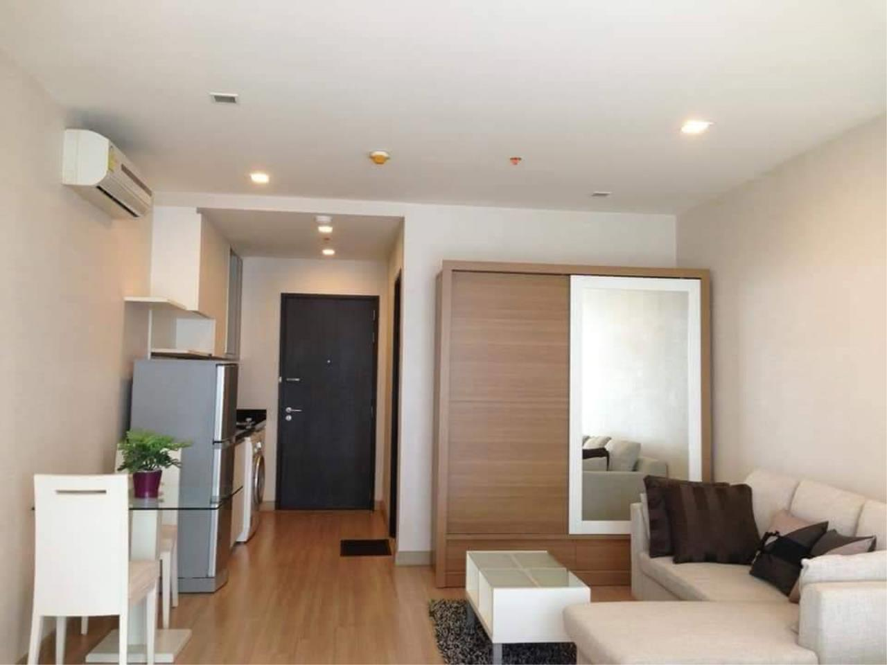 Arken Estate Agency Property Agency near BTS & MRT Agency's For Rent Sky Walk Condominium 1 bed 1 bath 3