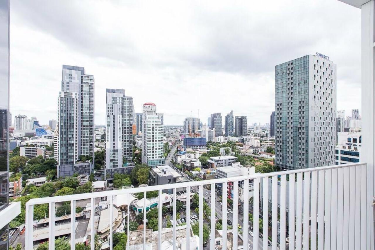 Arken Estate Agency Property Agency near BTS & MRT Agency's For Rent HQ By Sansiri 1 bed 1 bath 1
