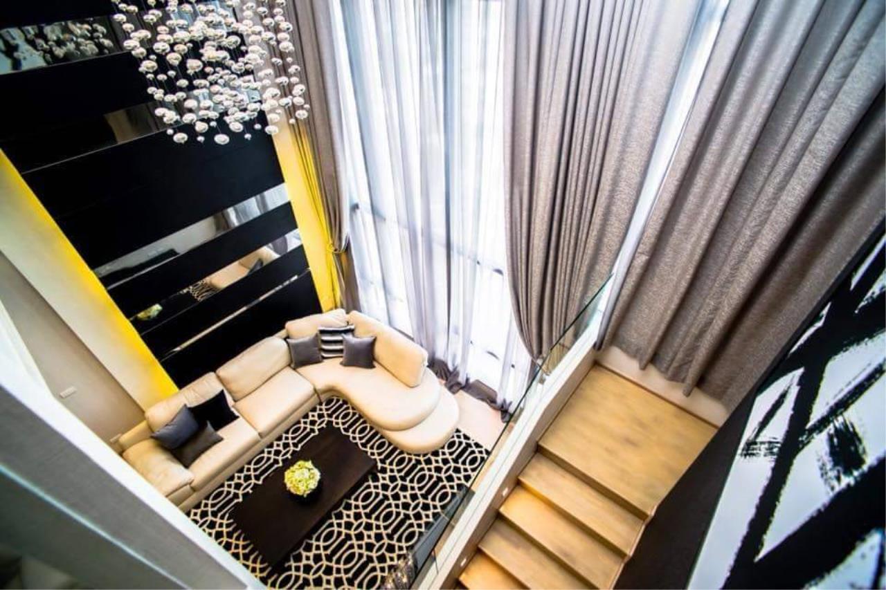 Arken Estate Agency Property Agency near BTS & MRT Agency's For Rent Urbano Absolute Sathorn-Taksin, Duplex Penthouse 3 bed 3 bath 4