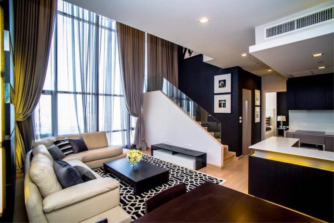 Arken Estate Agency Property Agency near BTS & MRT Agency's For Rent Urbano Absolute Sathorn-Taksin, Duplex Penthouse 3 bed 3 bath 3