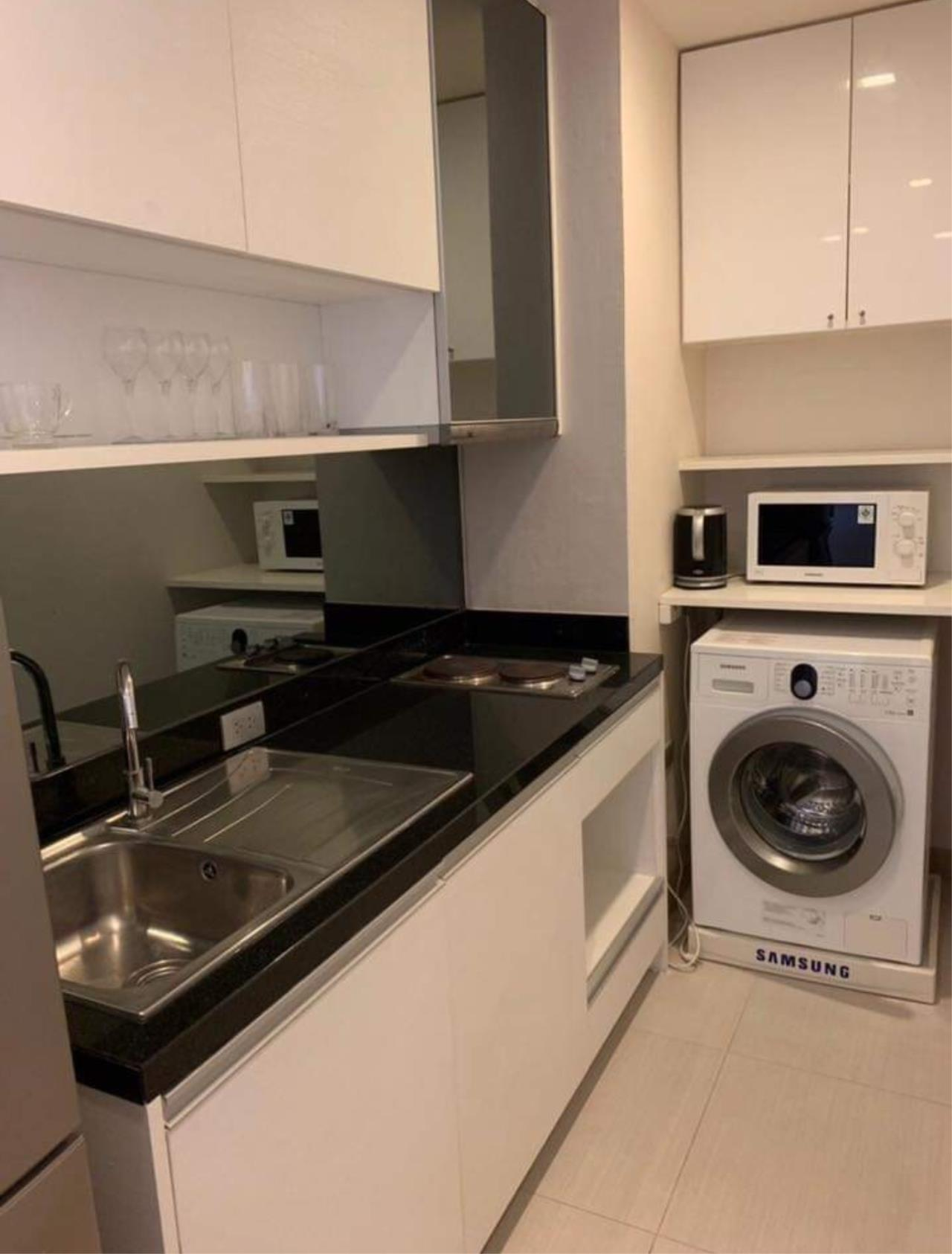 Arken Estate Agency Property Agency near BTS & MRT Agency's For Rent Sky Walk Condominium 1 bed 1 bath 5