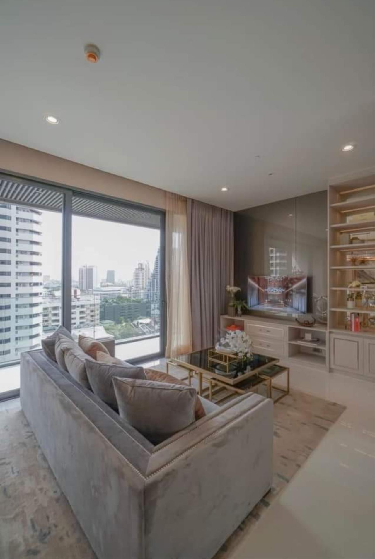 Arken Estate Agency Property Agency near BTS & MRT Agency's For Sale Vittorio Sukhumvit 39, 2 bed 2 bath 2