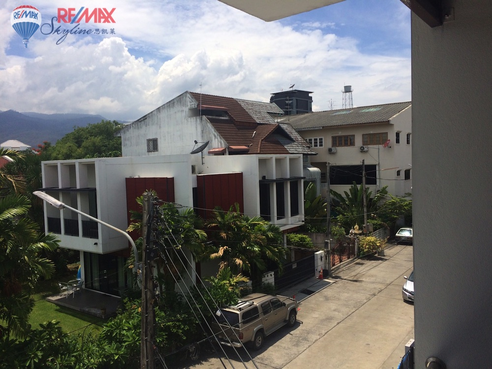 RE/MAX Skyline Agency's Commercial for Sale Nimmanhaemin road Chiang Mai, MAYA Shopping mall 10