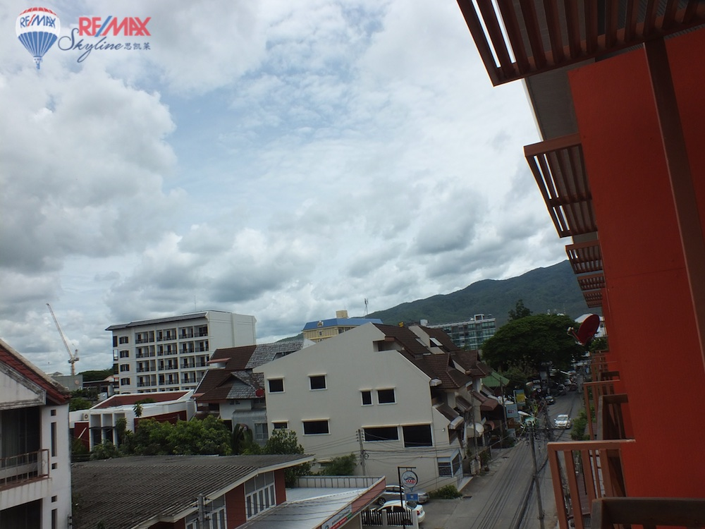 RE/MAX Skyline Agency's Townhouse for Sale Nimmanhaemin road Chiang Mai, MAYA Shopping mall 17