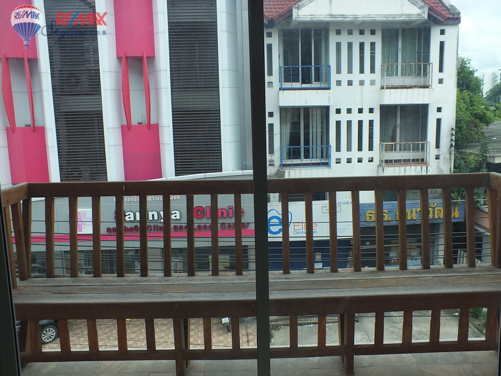 RE/MAX Skyline Agency's Townhouse for Sale Nimmanhaemin road Chiang Mai, MAYA Shopping mall 26