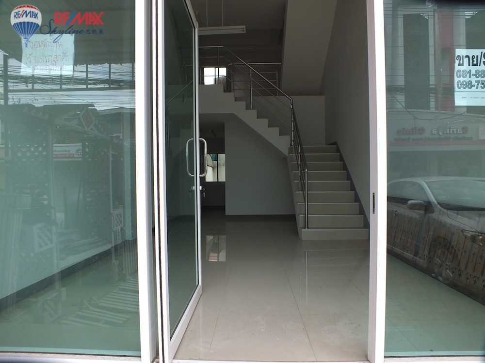RE/MAX Skyline Agency's Townhouse for Sale Nimmanhaemin road Chiang Mai, MAYA Shopping mall 38