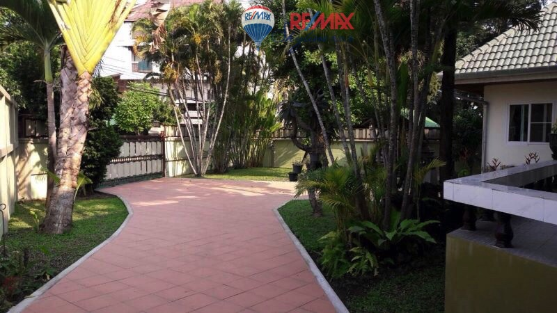 RE/MAX Skyline Agency's House for rent near Nong Hoi market 1