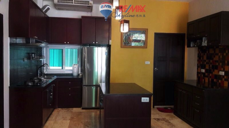 RE/MAX Skyline Agency's House for rent near Nong Hoi market 9