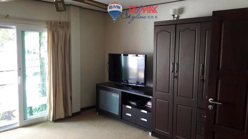 RE/MAX Skyline Agency's House for rent near Nong Hoi market 10