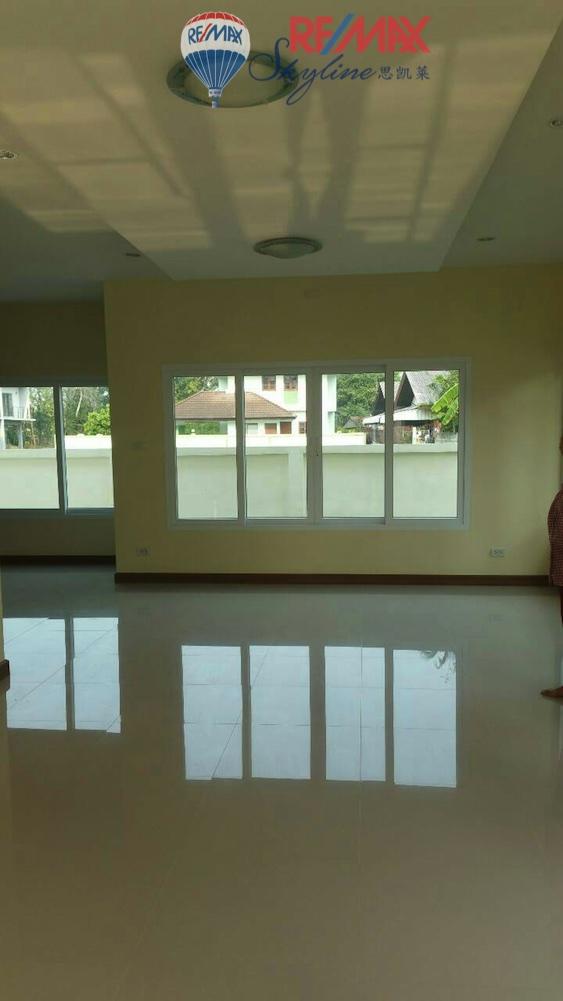 RE/MAX Skyline Agency's House for Sale, San Sai Chiang Mai, close to Tesco Lotus Meechoke 5