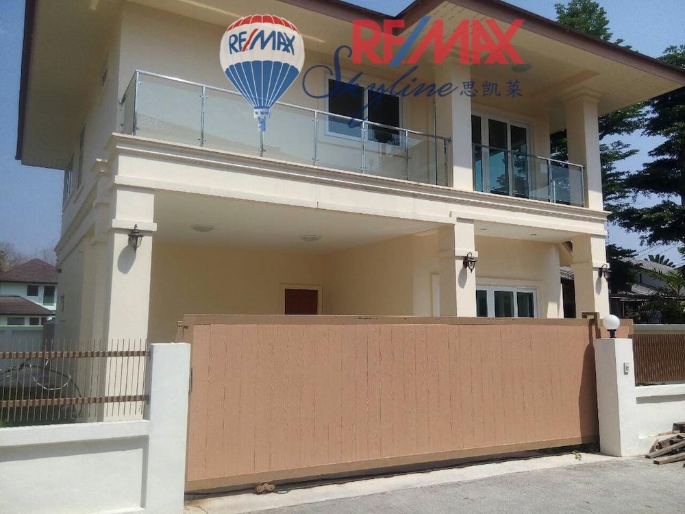 RE/MAX Skyline Agency's House for Sale, San Sai Chiang Mai, close to Tesco Lotus Meechoke 1