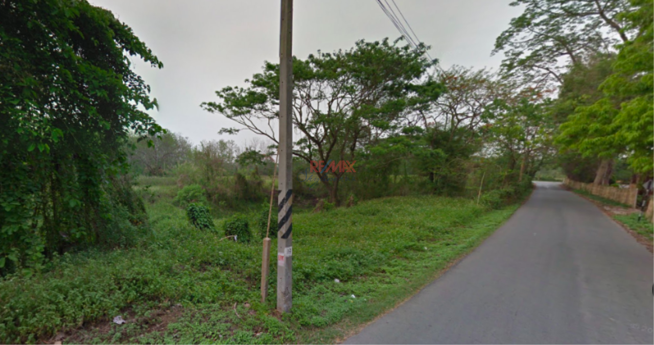RE/MAX Skyline Agency's Land for Sale closed to Kok River, Muang Chiang Rai 2