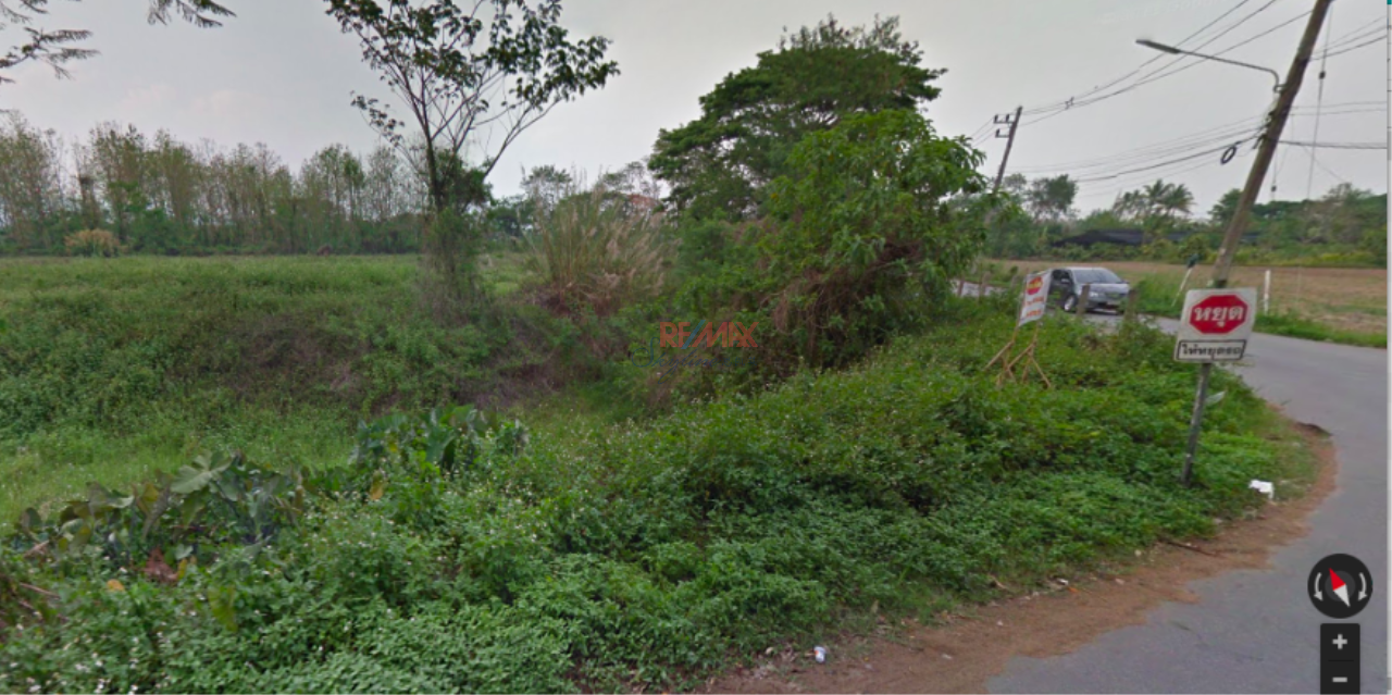 RE/MAX Skyline Agency's Land for Sale closed to Kok River, Muang Chiang Rai 3