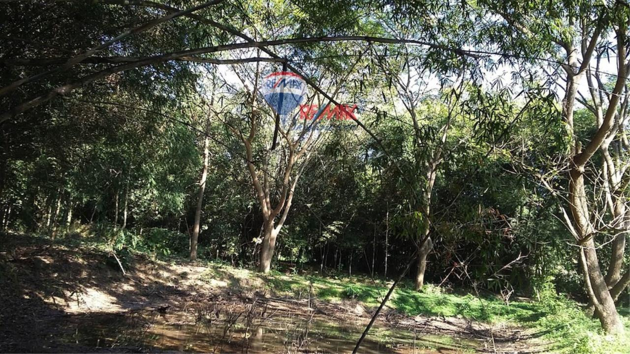 RE/MAX Skyline Agency's Land for sale  6