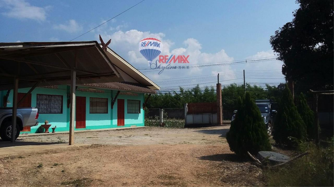 RE/MAX Skyline Agency's Land for sale  7