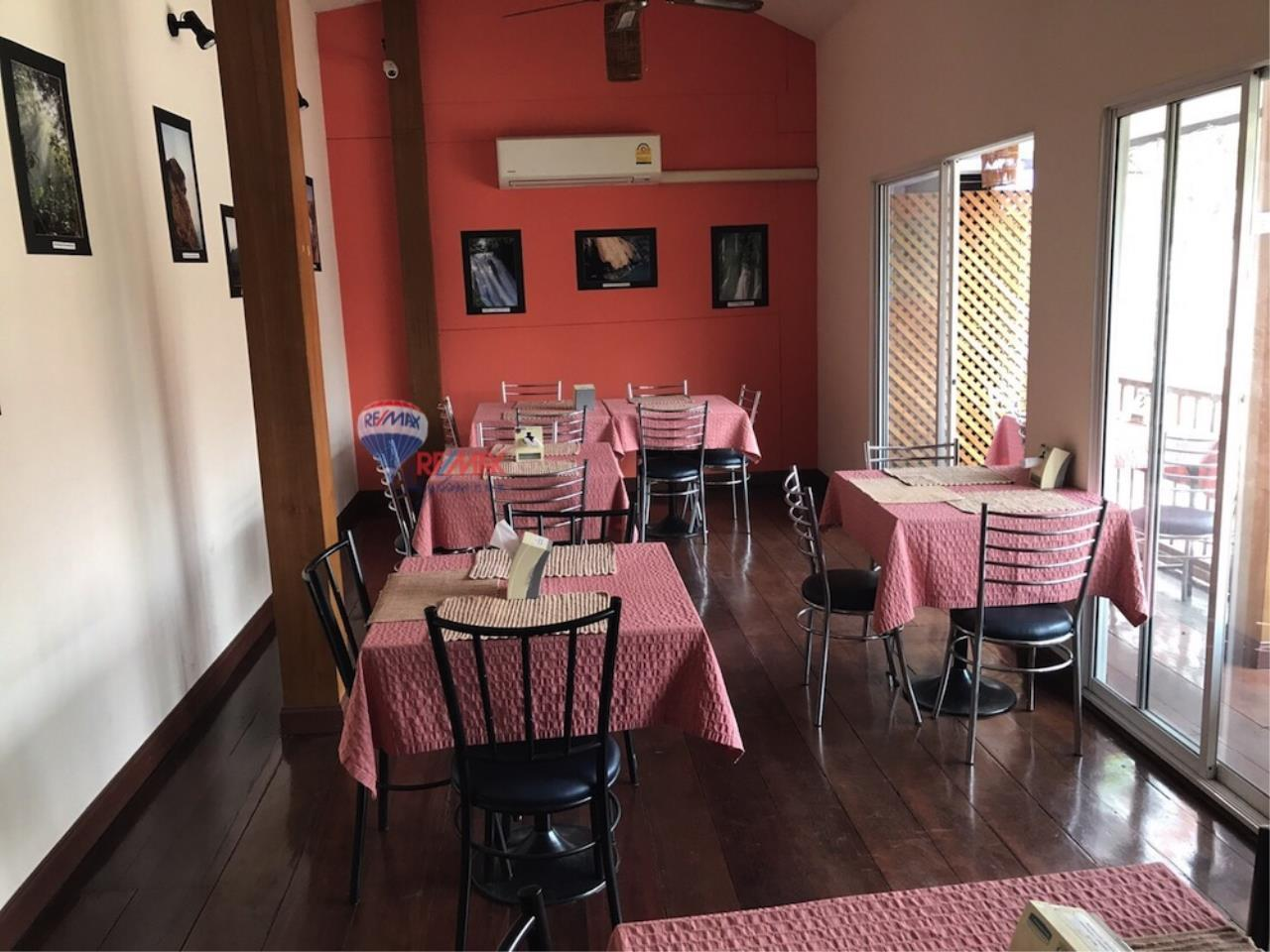 RE/MAX Skyline Agency's Restaurant for Sale 9