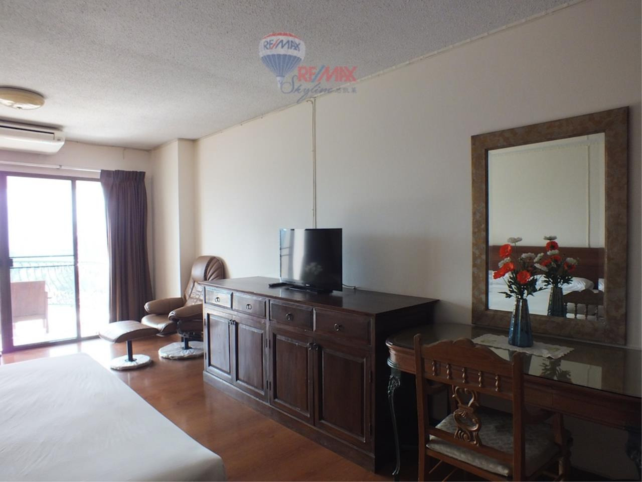 RE/MAX Skyline Agency's Condo for Rent 3