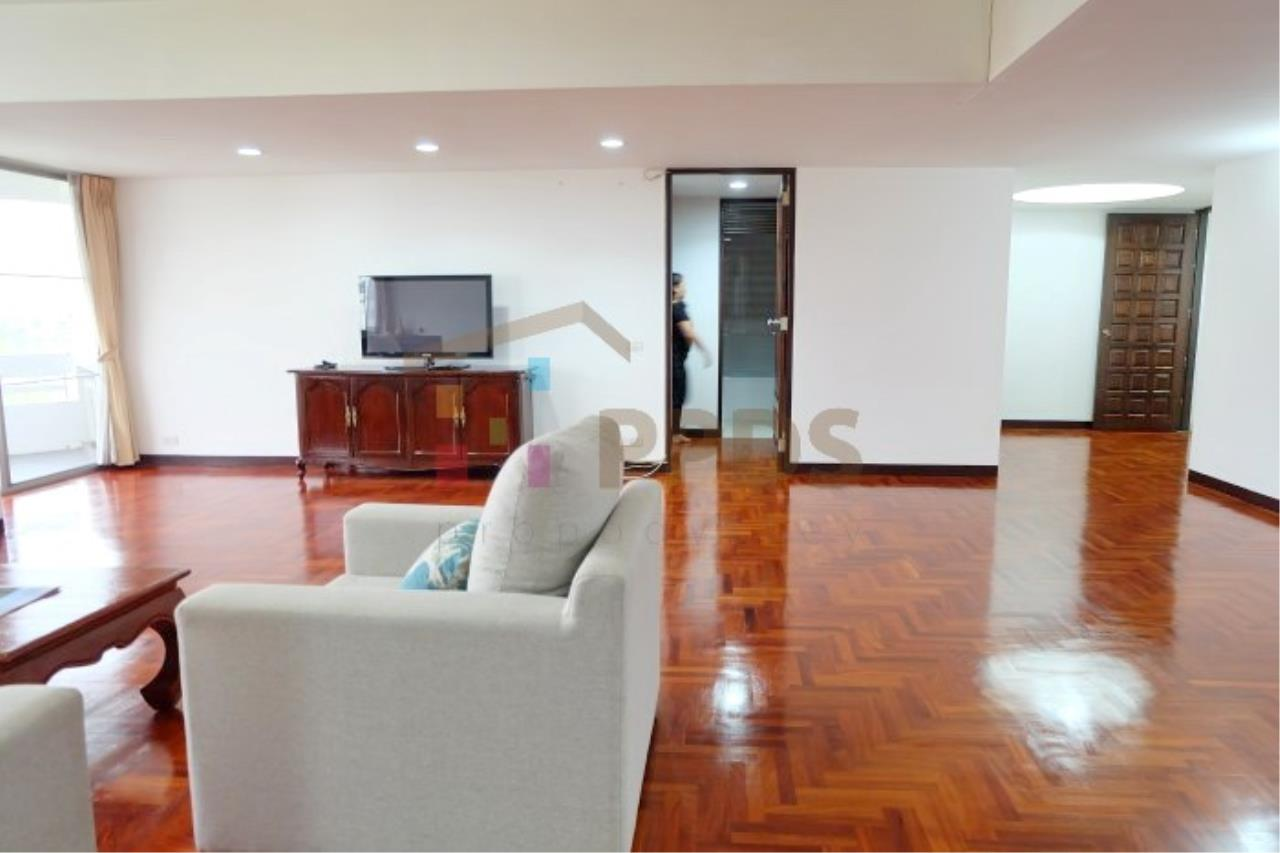 Propodyssey Agency's 3 bedrooms for rent at Sukhumvit near EmQuartier 3