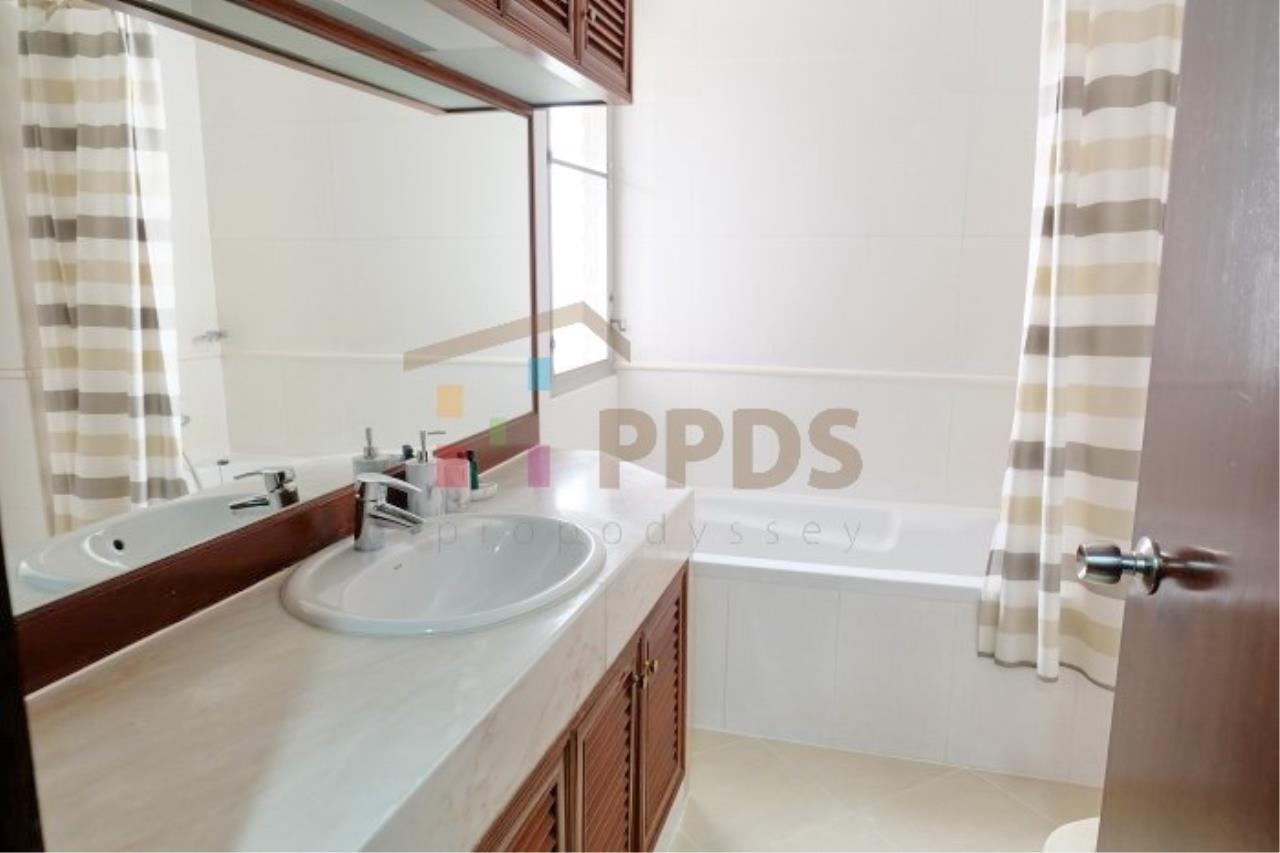 Propodyssey Agency's 3 bedrooms for rent at Sukhumvit near EmQuartier 6