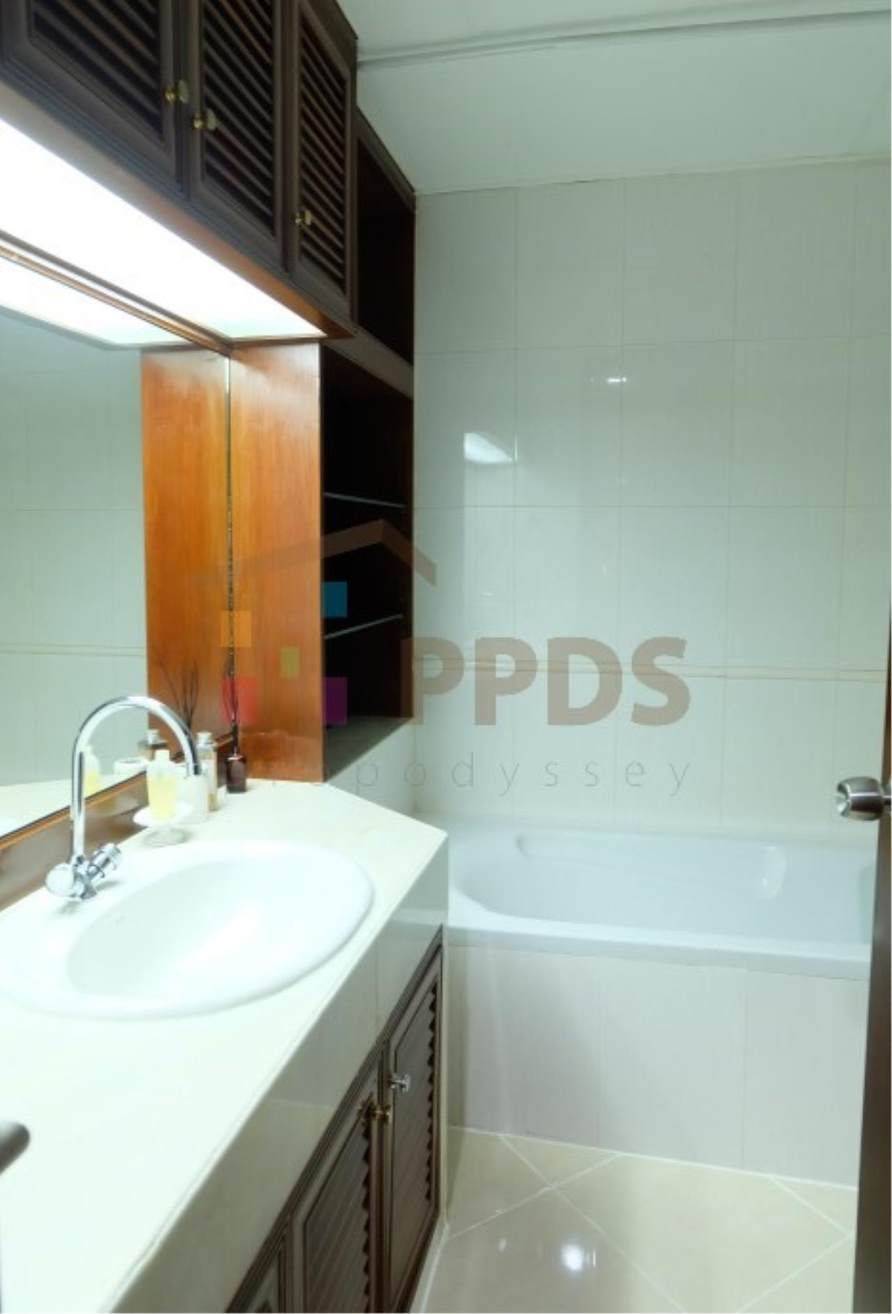 Propodyssey Agency's 3 bedrooms for rent at Sukhumvit near EmQuartier 10