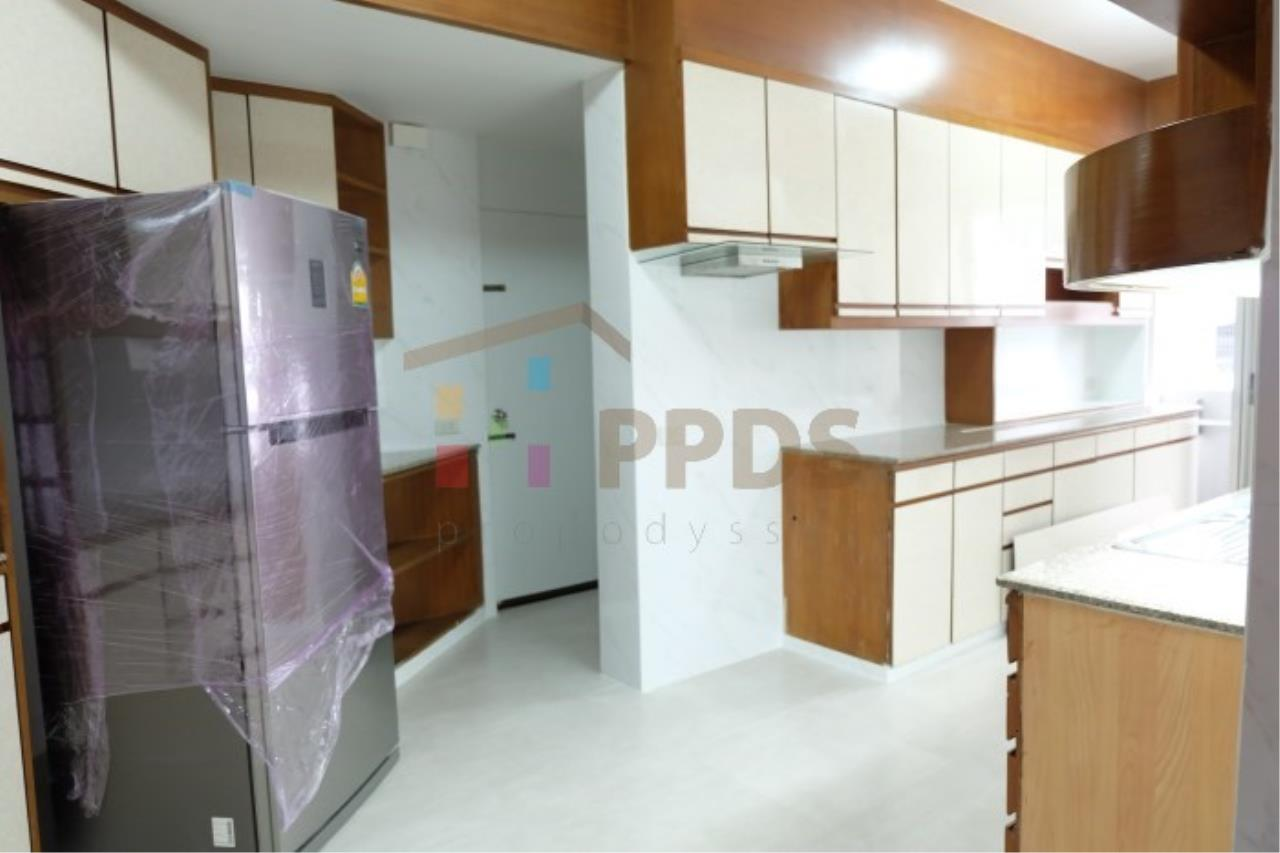 Propodyssey Agency's 3 bedrooms for rent at Sukhumvit near EmQuartier 15
