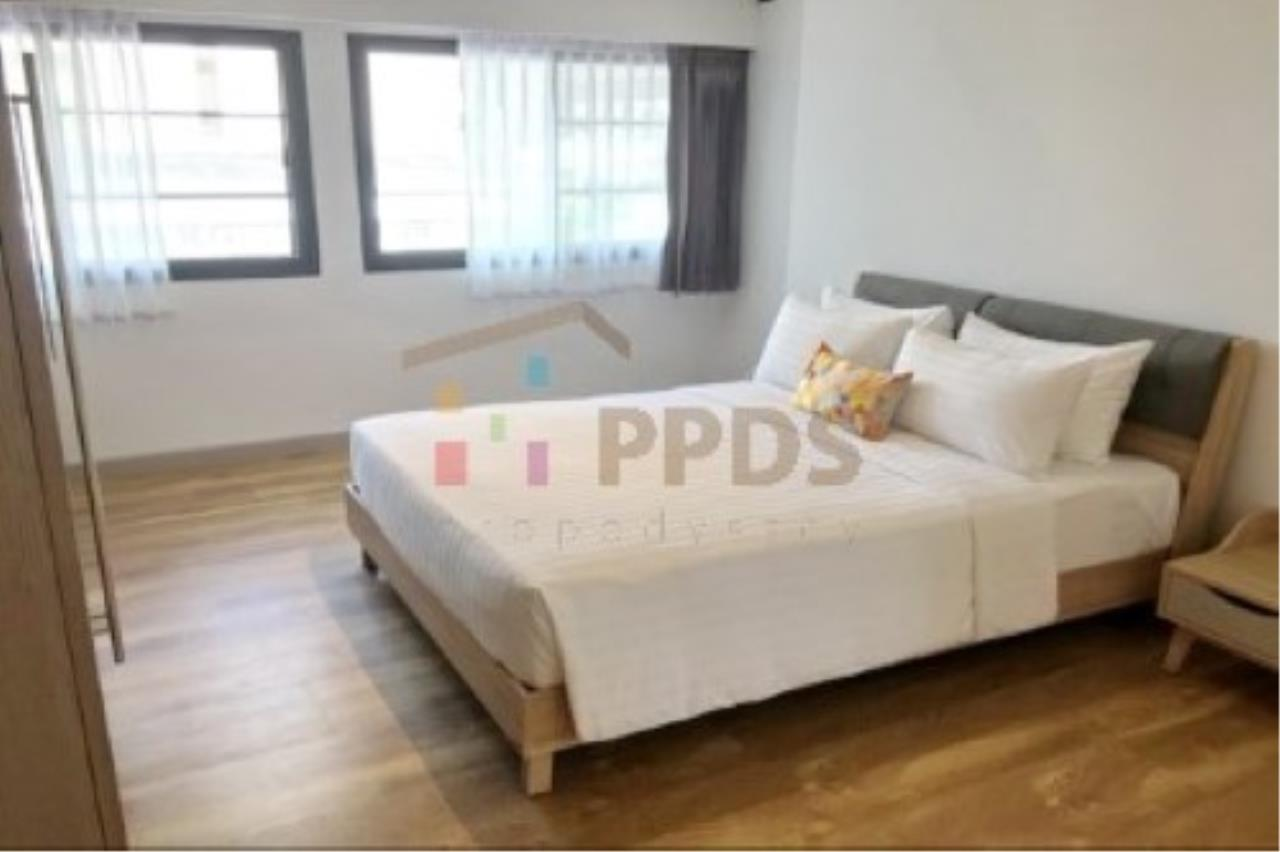 Propodyssey Agency's Newly renovate room for rent near BTS and MRT 4