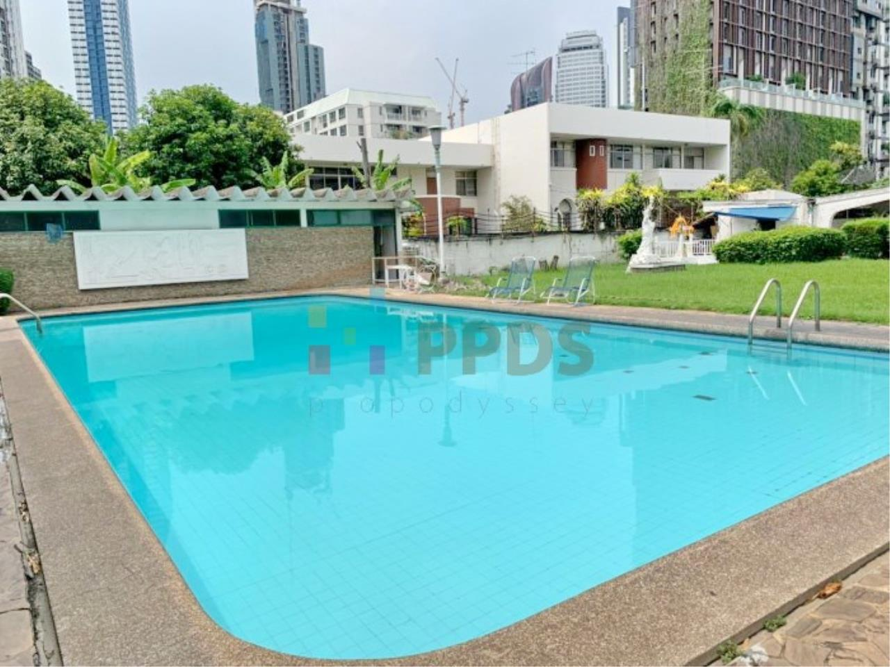 Propodyssey Agency's 2 bedrooms for rent at Sukhumvit 38  13