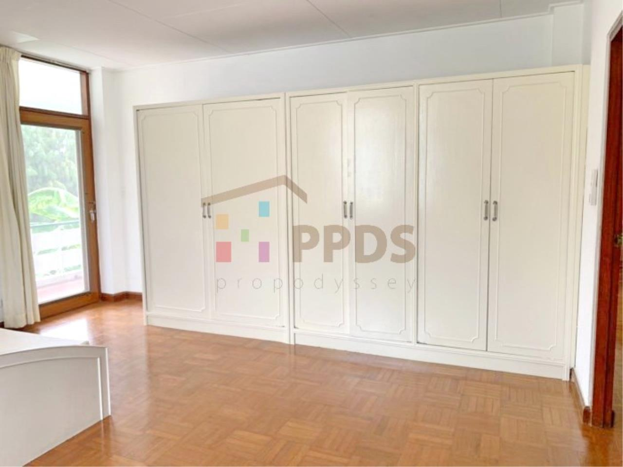 Propodyssey Agency's 2 bedrooms for rent at Sukhumvit 38  2