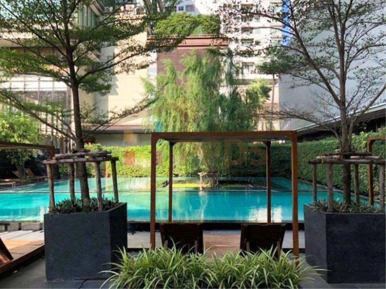 Propodyssey Agency's Duplex one bedroom condo for rent on Sukhumvit soi 24 3