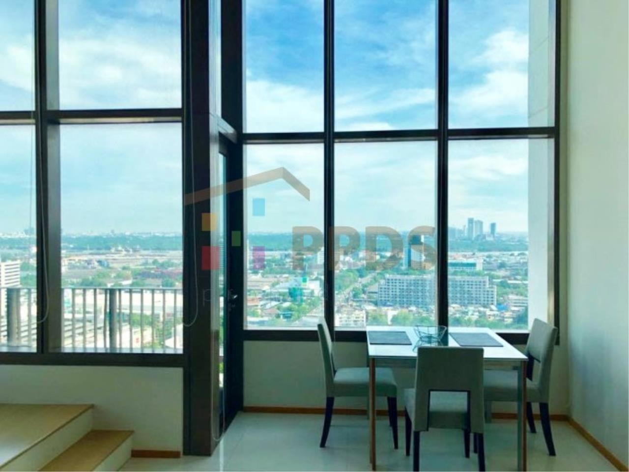 Propodyssey Agency's Duplex one bedroom condo for rent on Sukhumvit soi 24 5