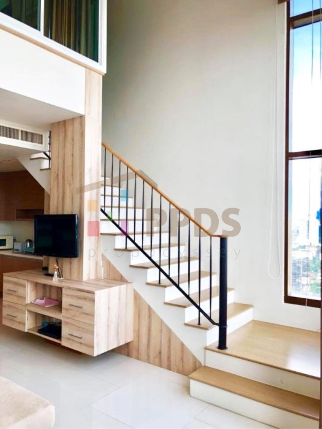 Propodyssey Agency's Duplex one bedroom condo for rent on Sukhumvit soi 24 9