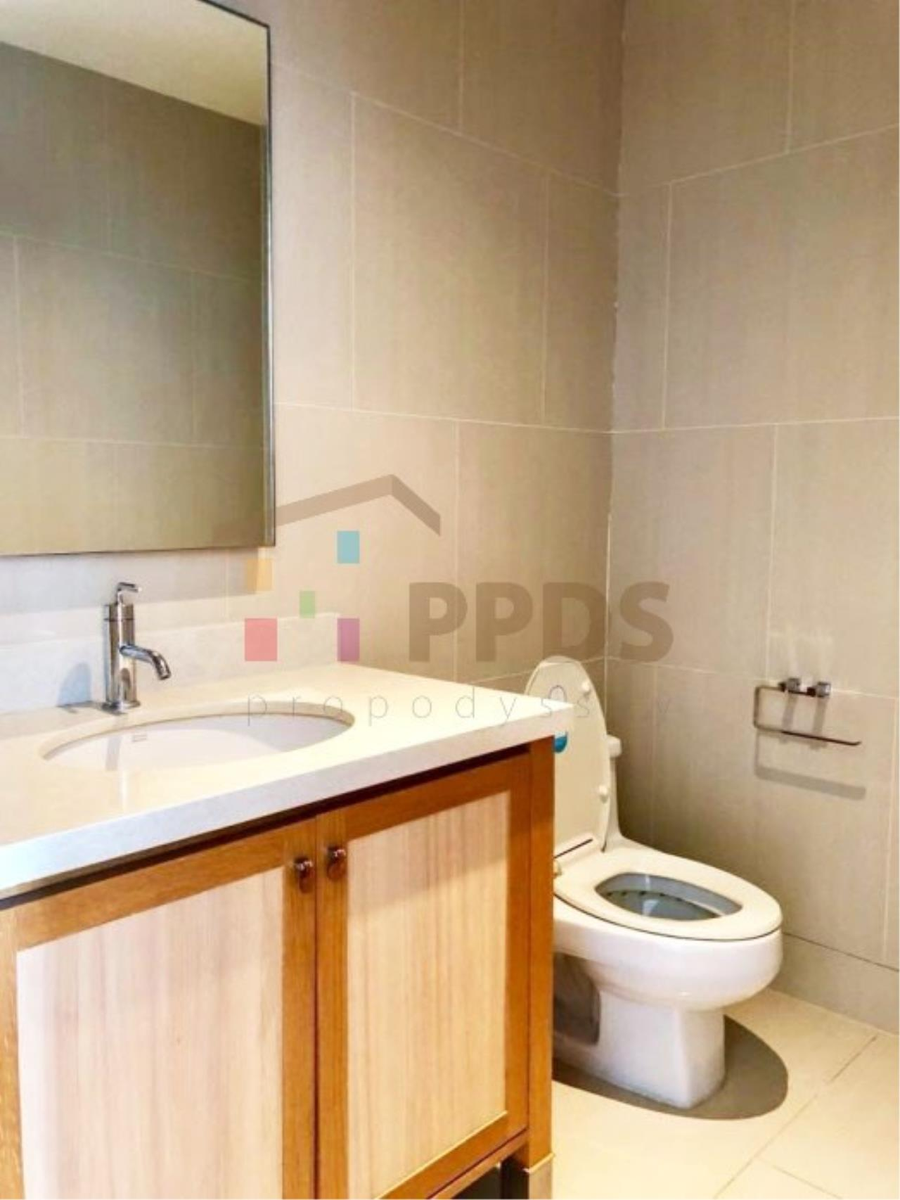 Propodyssey Agency's Duplex one bedroom condo for rent on Sukhumvit soi 24 10