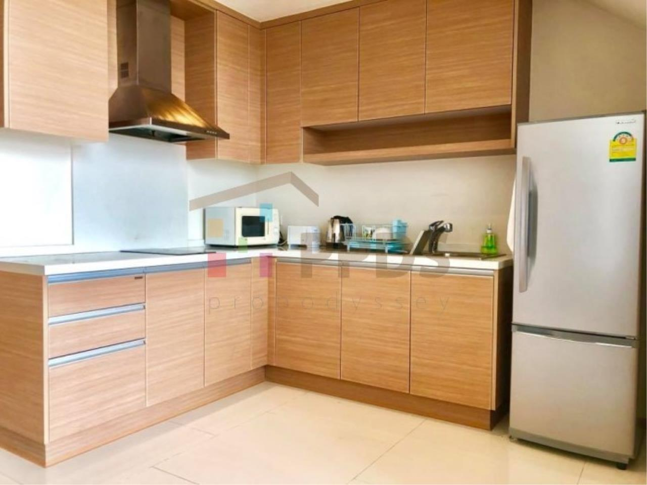 Propodyssey Agency's Duplex one bedroom condo for rent on Sukhumvit soi 24 11