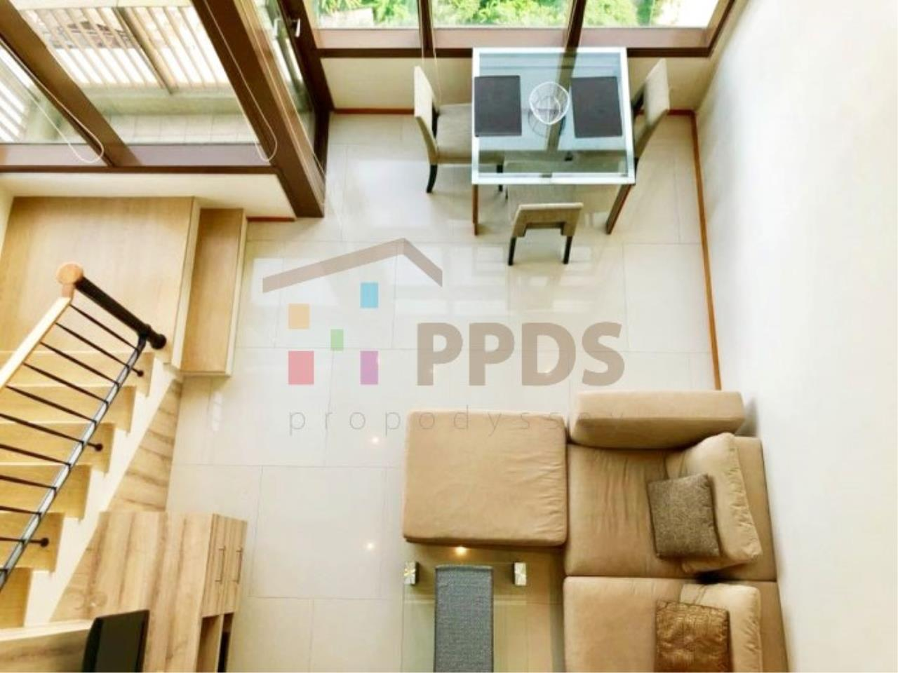 Propodyssey Agency's Duplex one bedroom condo for rent on Sukhumvit soi 24 1