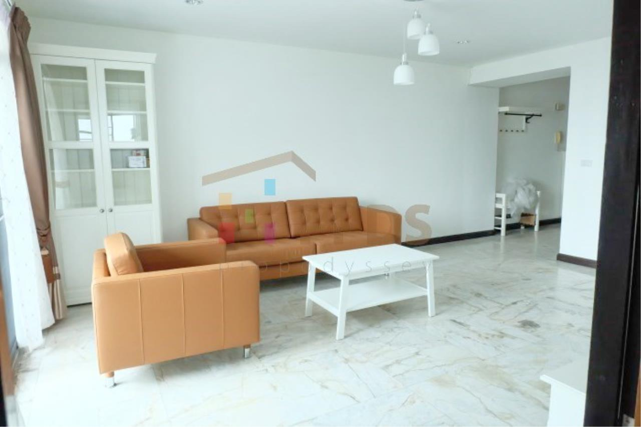 Propodyssey Agency's Newly renovate room for rent at Royal Castle Sukhumvit 39 12