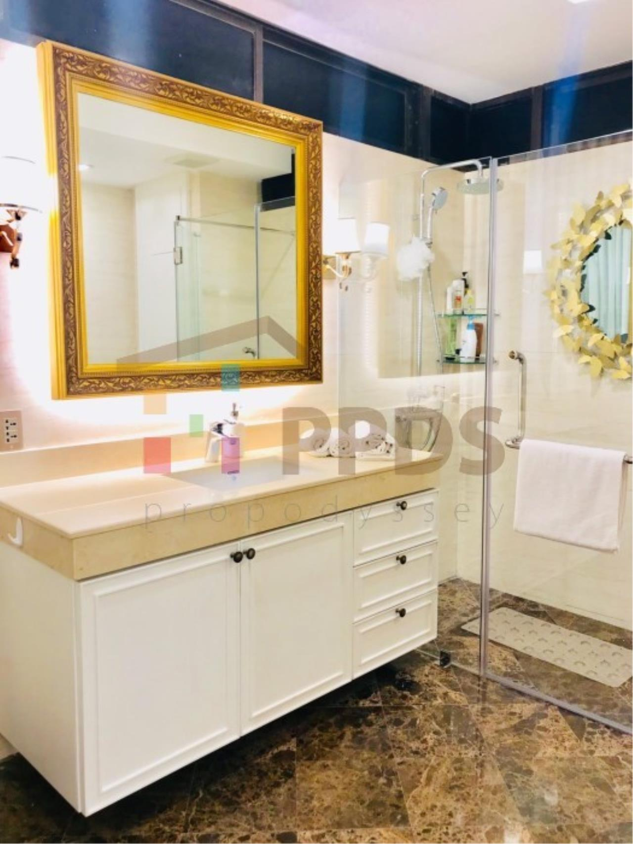 Propodyssey Agency's Duplex Penthouse with a large balcony and city is available for rent on Promphong Area. 11