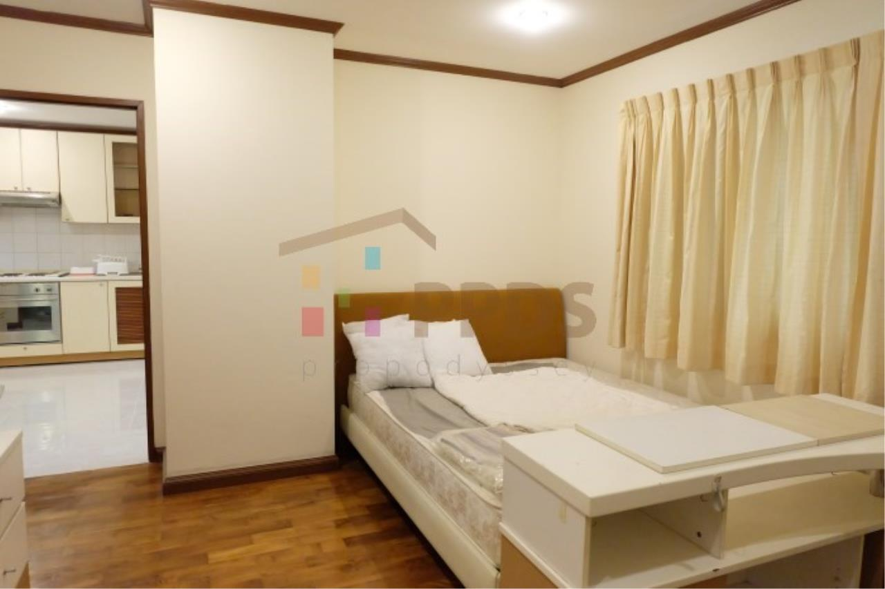 Propodyssey Agency's Nice room for rent at Sukhumvit soi 26 10