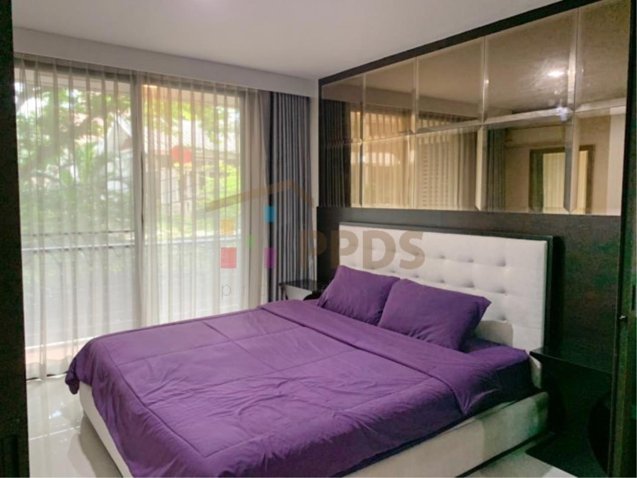 Propodyssey Agency's Low rise condo for rent walking distance to BTS Prompong 5
