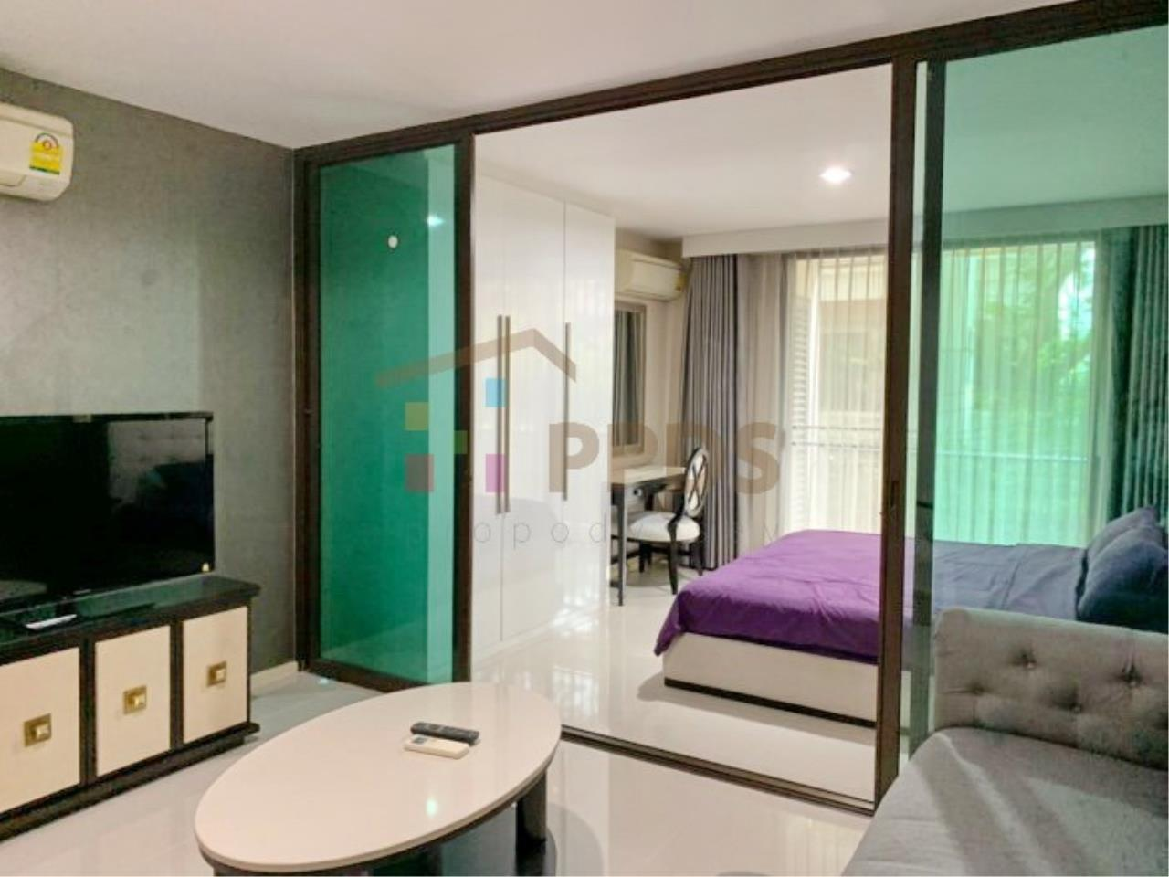 Propodyssey Agency's Low rise condo for rent walking distance to BTS Prompong 1