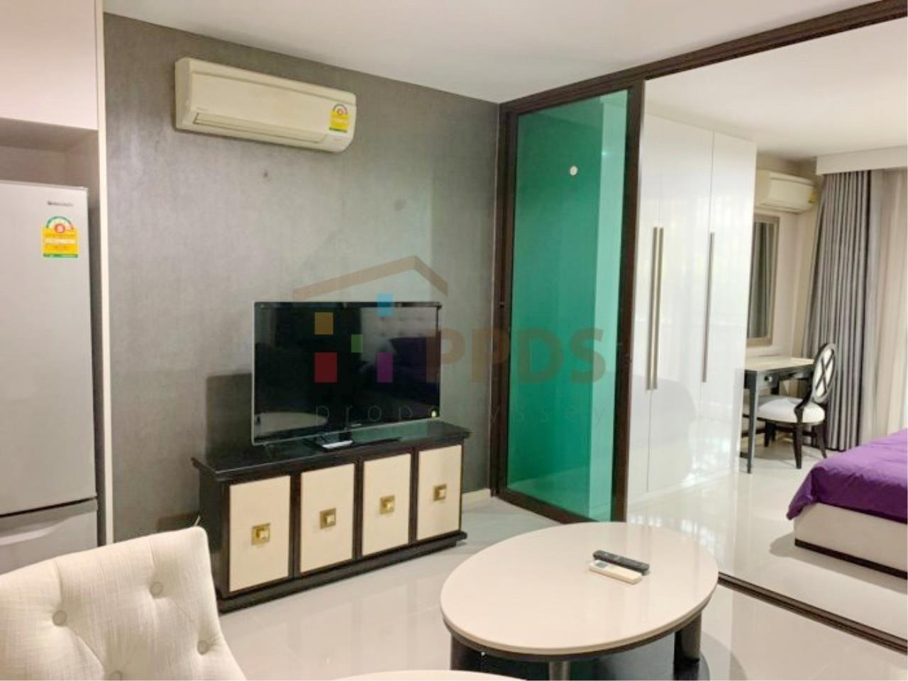 Propodyssey Agency's Low rise condo for rent walking distance to BTS Prompong 2