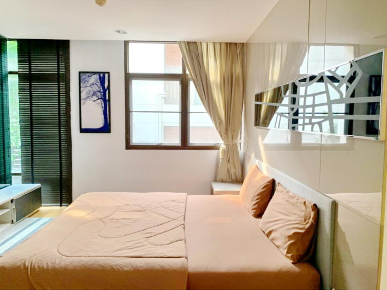 Propodyssey Agency's Nice 2 bedrooms for rent at Sukhumvit 24 close to BTS Prompong 5